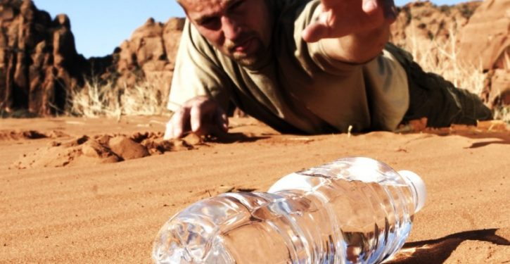 1-man-in-desert-810x562